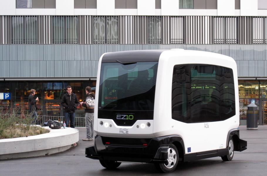 Ônibus autônomos estão chegando à América