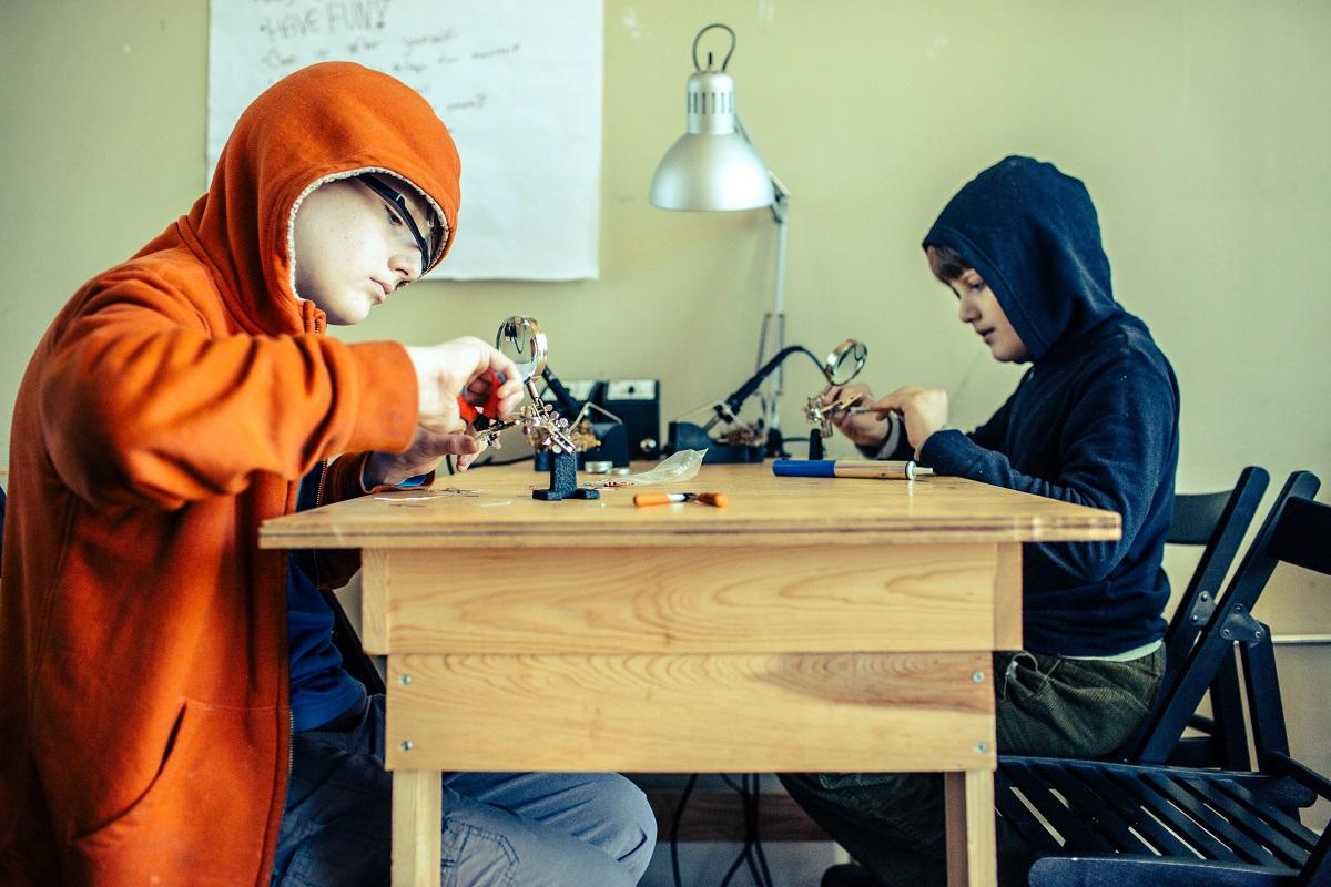 """E se criássemos um mundo de """"hackers""""?"""