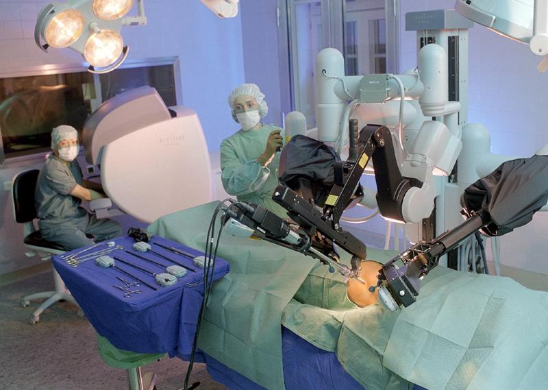 da-vinci-robotic-surgery